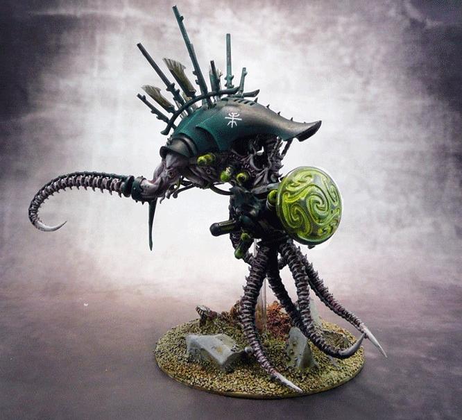 Dark Eldar Cronos Parasite Engine - Źródło: http://www.coolminiornot.com/280805